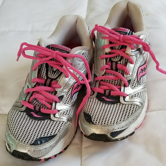 38b6b8782111 Saucony Shoes | Oasis 2 Running Tennis Size 8 | Poshmark